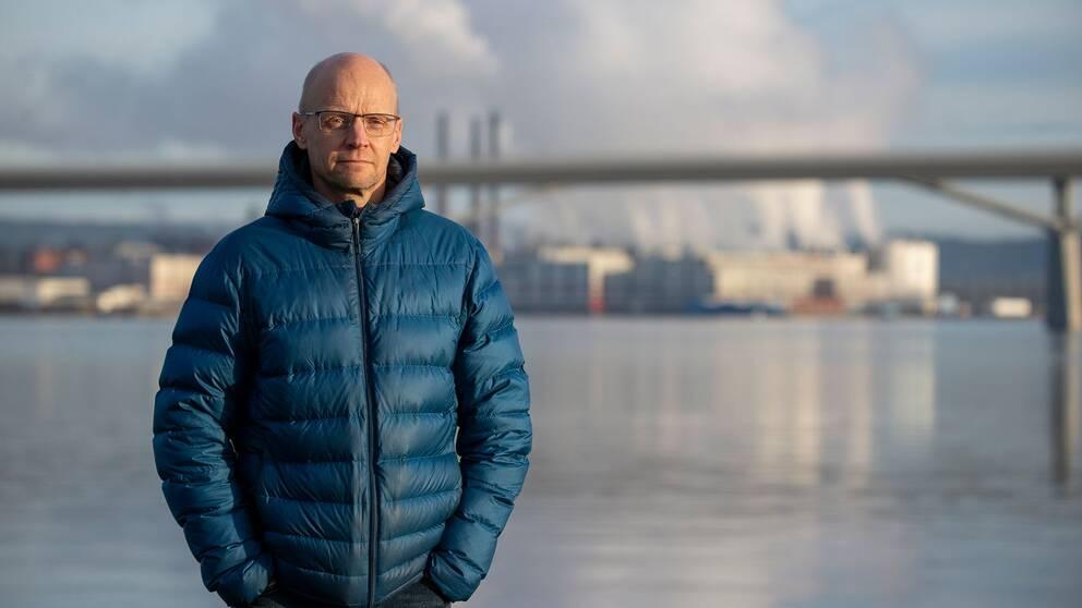 SVT-reportern Fredrik Israelsson