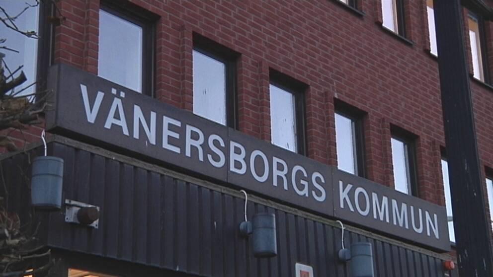 Skylten på Vänersborgs kommunhus.
