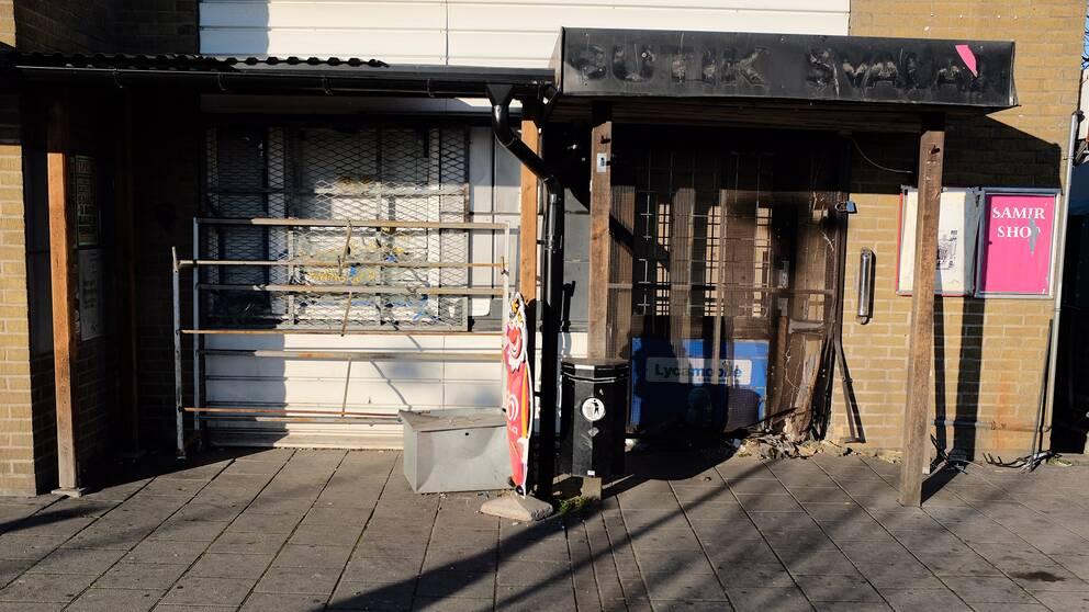 Kraftig explosion vid butik i landskrona
