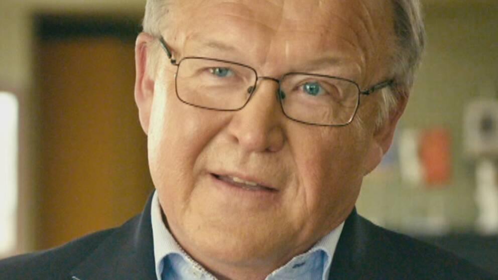 Moderaterna med dåvarande ordförande Carl Bildt (t.h.) och den ekonomiska talesmannen Bo Lundgren samt Göran Persson.