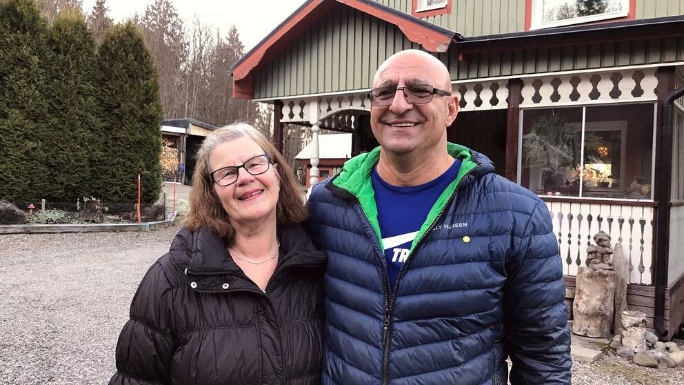 Gun-Britt och Marwan Fayad är glada över beskedet från Trafikverket