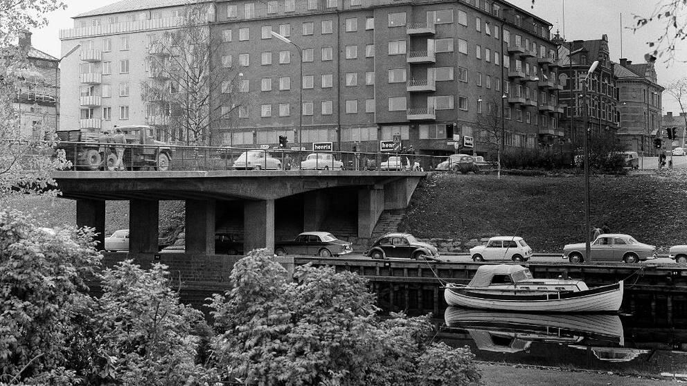 En vanlig dag kring Storbron år 1966.