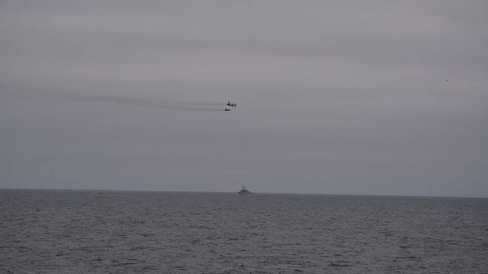 Ryska Su-24 attackflygplan vid belgiskt örlogsfartyg 18 november 2018.