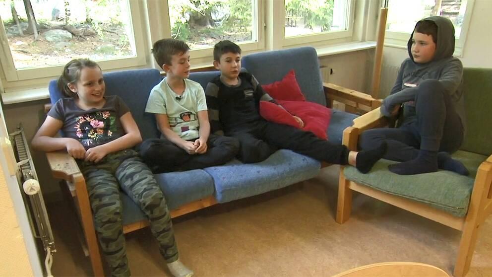 Max och hans klasskompisar.