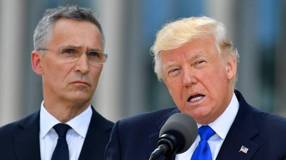 Natos generalsekreterare Jens Stoltenberg och Donald Trump på Natos toppmöte tidigare i år.