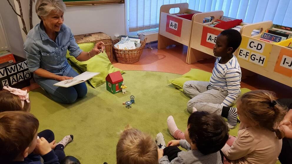 förskolebibliotek södertälje saltskog