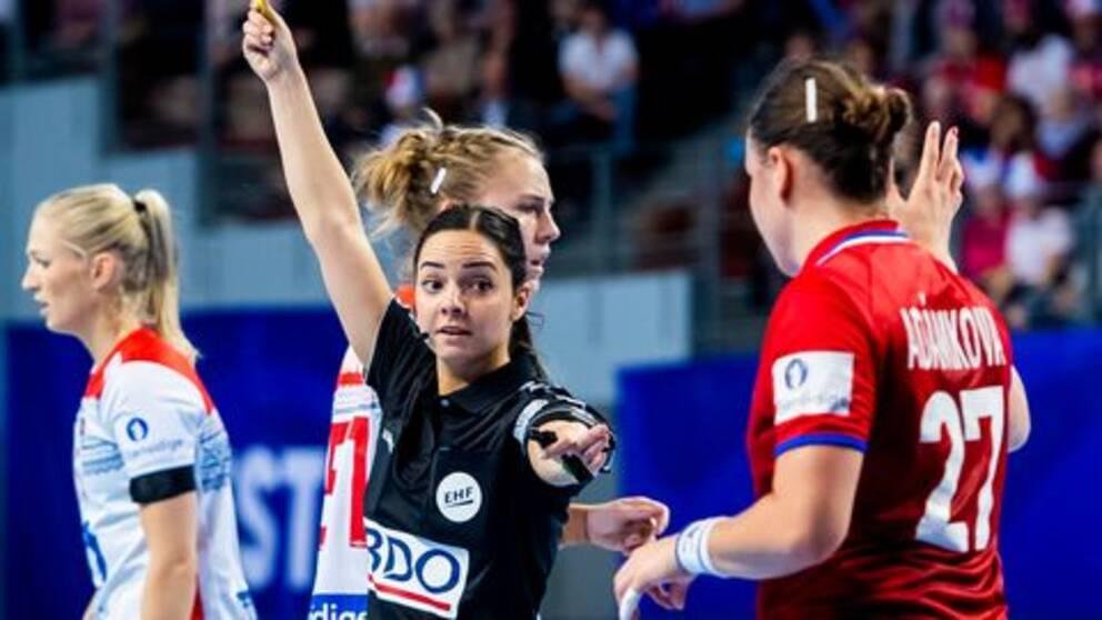 Safia Bennani i matchen mellan Tjeckien och Norge.