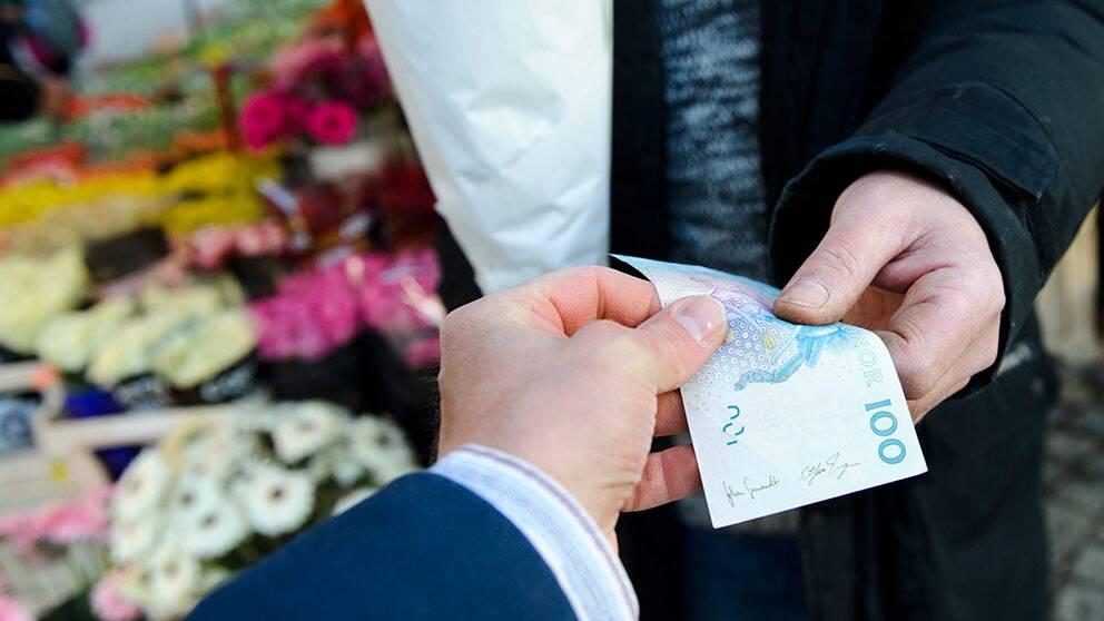 Sverige är det land bland EU:s kärnländer som omfördelar minst pengar från höginkomsttagare till låginkomsttagare via skattesystemet.