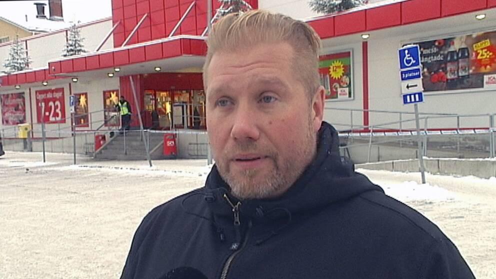 Magnus Olsson, butikschef i Bollnäs.
