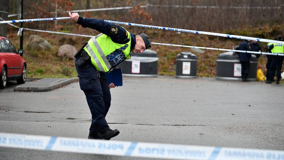Gteborg: Hrlig kvinnlig assistent skes till kvinna i Mlnlycke