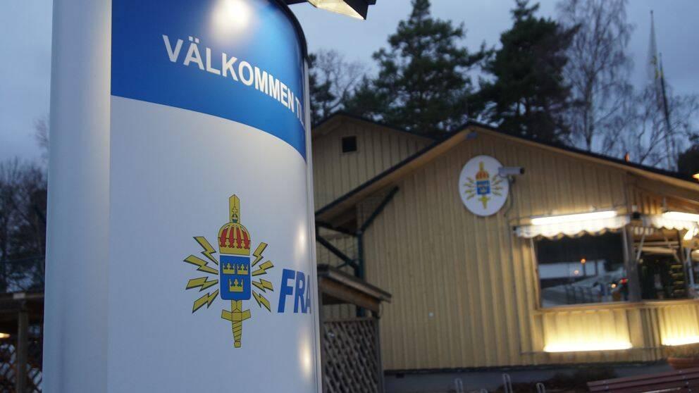 FRA, Försvarets radioanstalt, på Lovön utanför Stockholm spanar på cyberattacker mot Sverige.