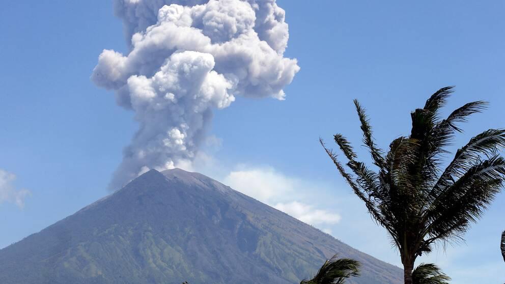 Vulkanen Agung på Bali har fått ett nytt utbrott.
