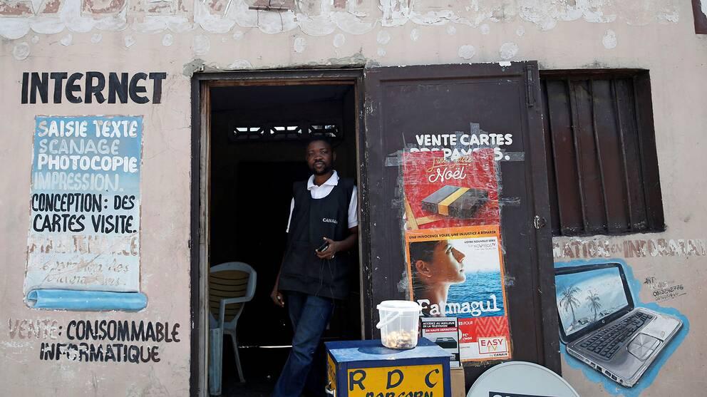 Ett internet-café i Kinshasa