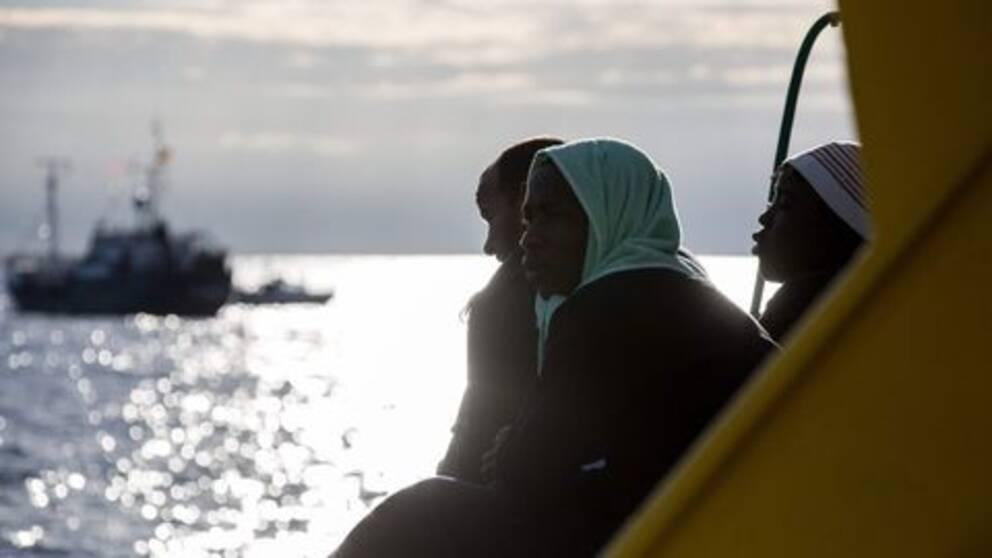 Migranter på räddningsfartyget Sea Watch 3