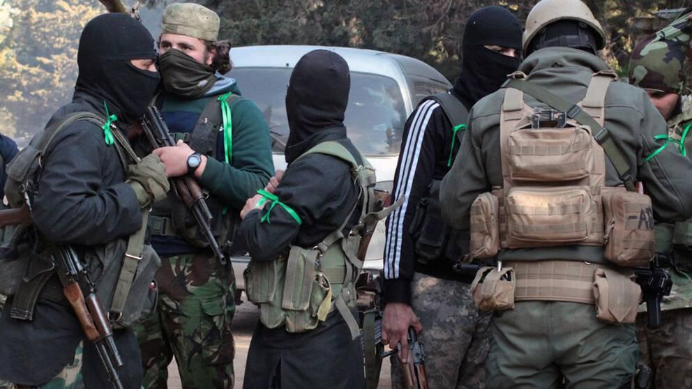 Milismän kopplade till HTS i Idlib-provinsen