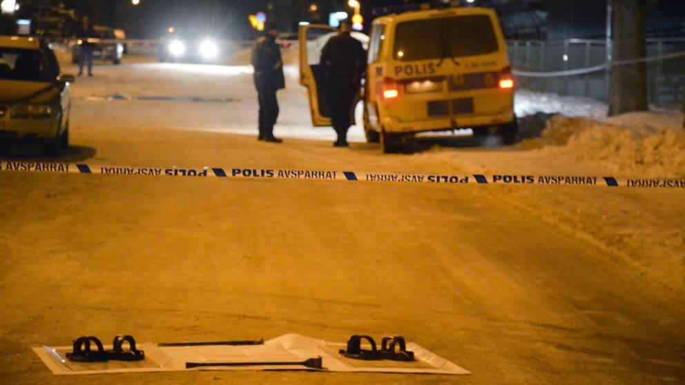 Polisen på plats i norra delarna av Borlänge, sent på fredagskvällen