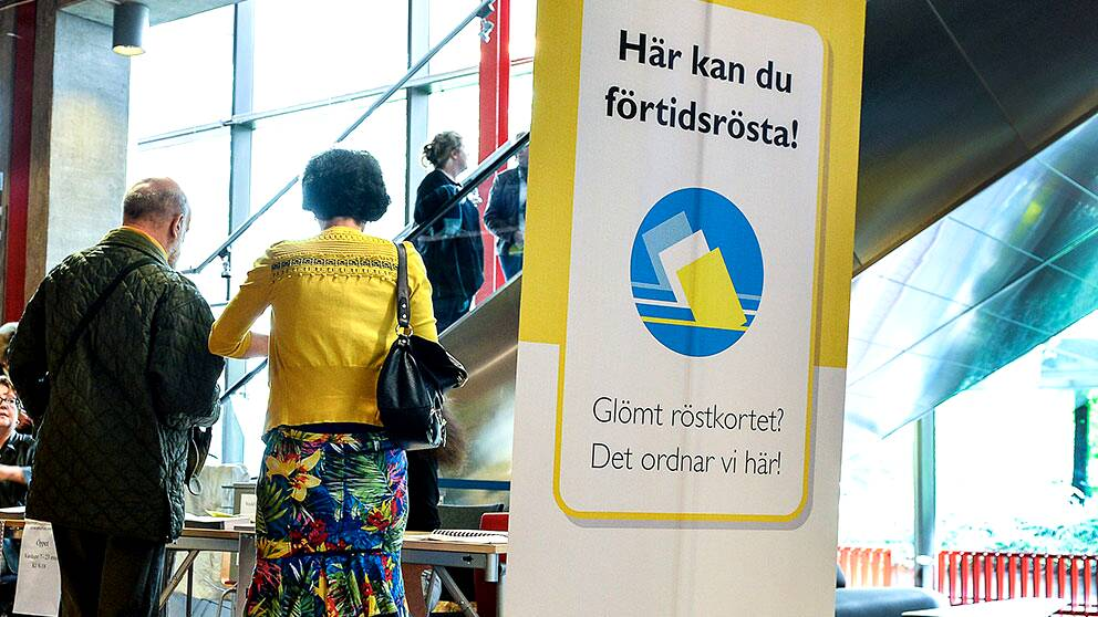 Över en miljon svenskar har förtidsröstat i årets EU-val.