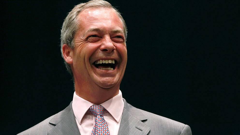 UKIP:s partiledare Nigel Farage är jublande glad över resultaten