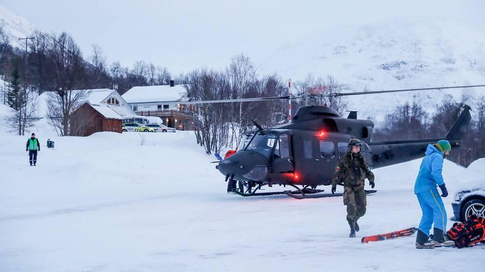 Räddningsarbete pågår i Tamokdalen nära Troms i Norge