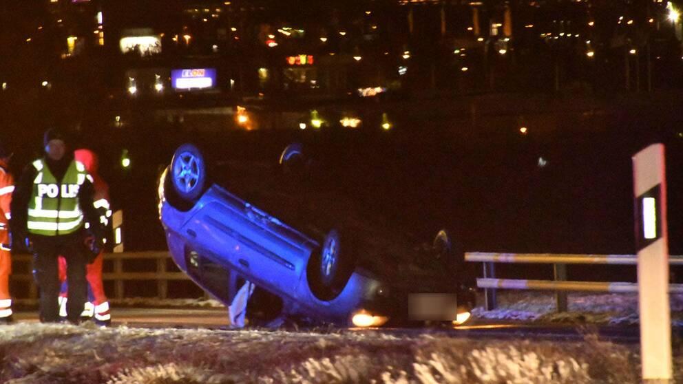 Två personbilar var inblandade i en olycka vid trafikplats Fredriksberg på E65:an utanför Malmö.