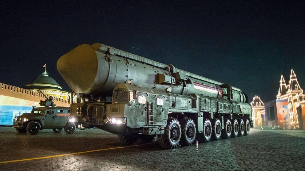 """Rysslands ballistiska kärnvapenrobot """"Yars"""" visas upp på generalrepetitionen inför """"Segerdagen"""" på Röda Torget i Moskva i maj 2018."""