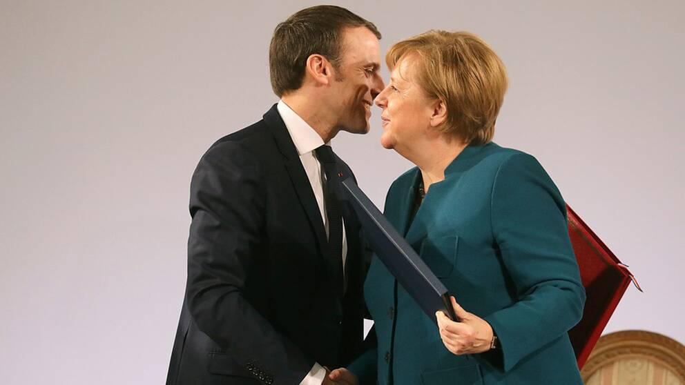 President Macron och förbundskansler Merkel vill fördjupa samarbetet mellan länderna vilket väckt kritik i Frankrike.