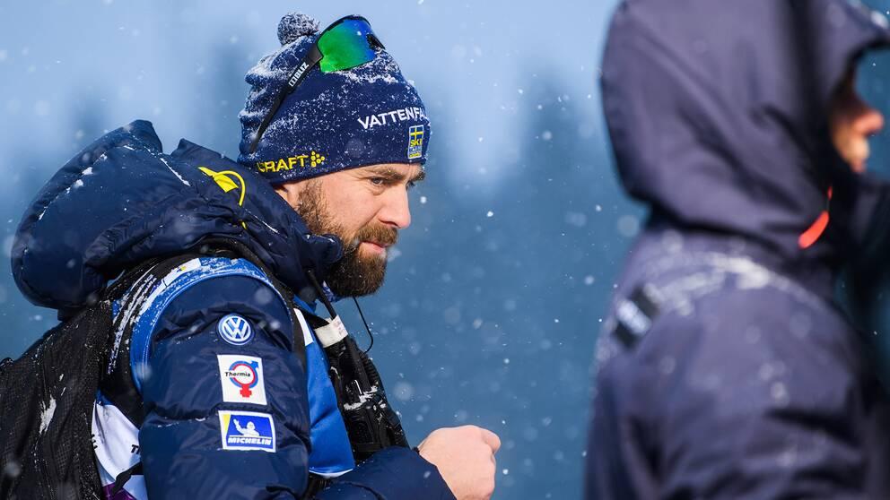 Landslagschefen Rikard Grip vid världscuptävlingen i Ulricehamn.