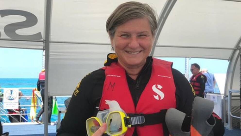 Under sin klimatsmarta resa i Asien snorklade Helen Tronstad vid Stora barriärrevet i Australien.