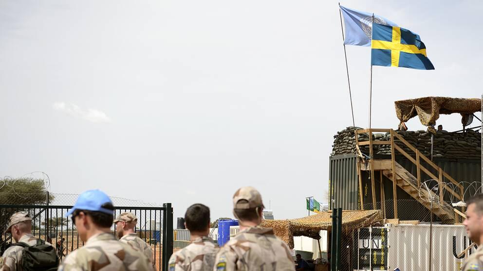 Arkivbild från svenska Camp Nobel i Mali. Personerna på bilden har inget med nyheten att göra.