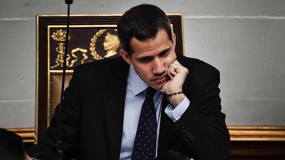 Nationalförsamlingens ledare Juan Guaidó får inte lämna Venezuela, enligt domstolsbeslutet