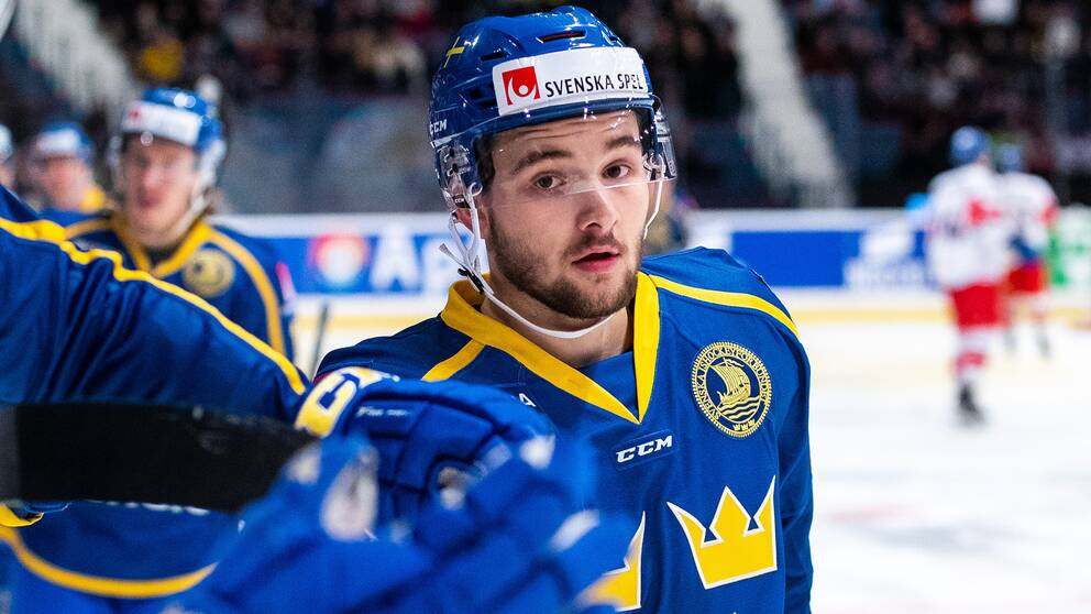 Djurgårdens Emil Bemström gjorde debut i Tre Kronor.