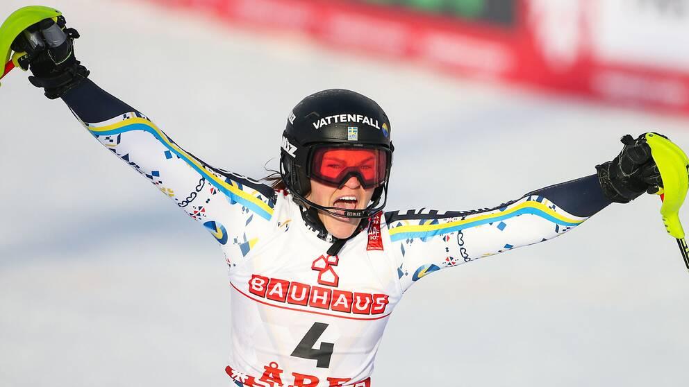 Anna Swenn-Larsson tog karriärens första VM-medalj inför hemmapubliken i Åre. Silvret var även Sveriges enda medalj i Åre-VM.