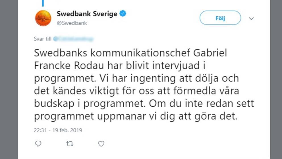 En bild med ett textmeddelande från Swedbank som finns utskrivet i artikeln.