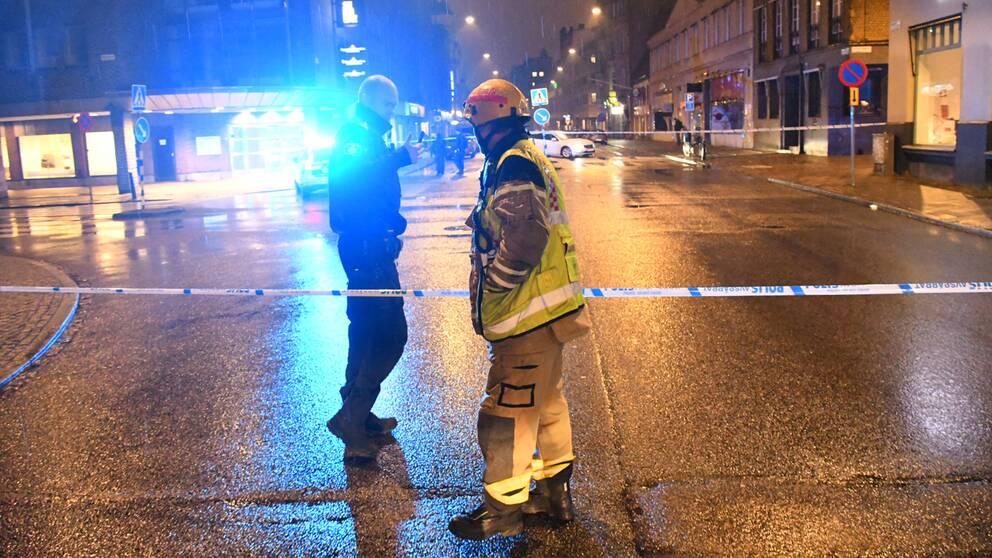 Bombtekniker kallades på onsdagskvällen till köpcentret Caroli i Malmö, sedan en privatperson sett ett misstänkt föremål.