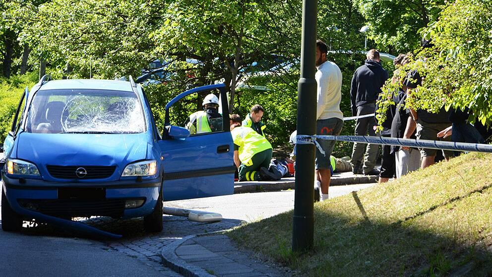 Fyra personer påkörda av bil i Malmö, misstänkt mordförsök.