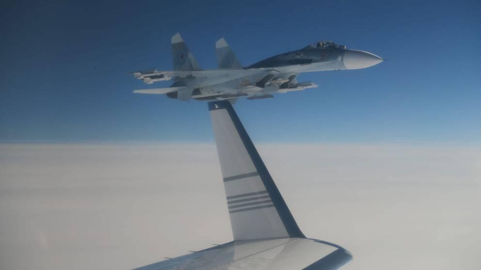 Rysk Su-27 nära svenskt signalspaningsflygplan 19 februari 2019.