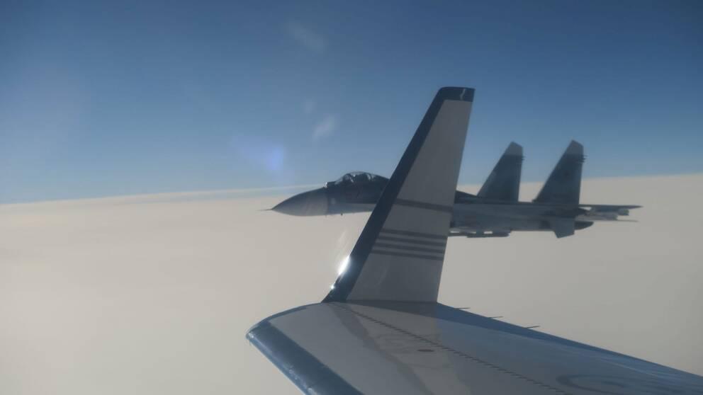Rysk Su-27 stridsflygplan nära svenskt signalspaningsflygplan 19 februari 2019.
