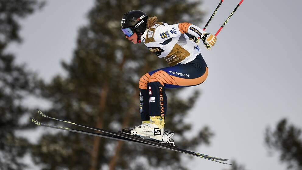 Sandra Näslund under en tävling i Idre i januari.