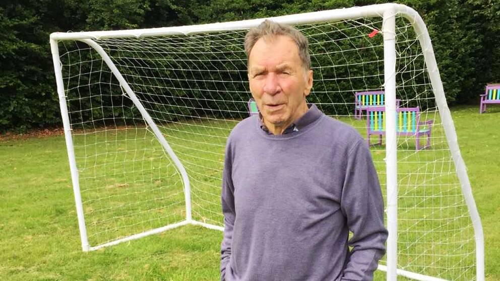 Legendariske fotbollstränaren Robbie Stepney död  c5e3c77d9b4e6