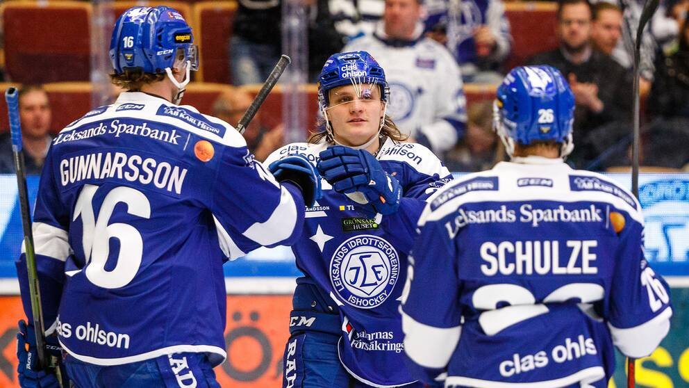 Anton Karlsson jublar efter 3-0