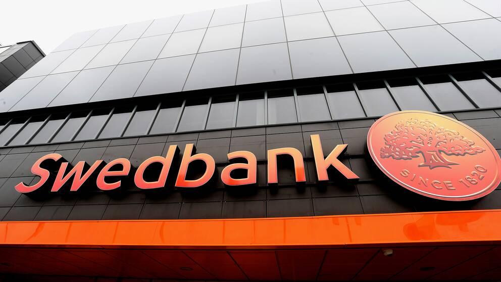 Under onsdagen föll Swedbanks aktie ytterligare på Stockholmsbörsen.