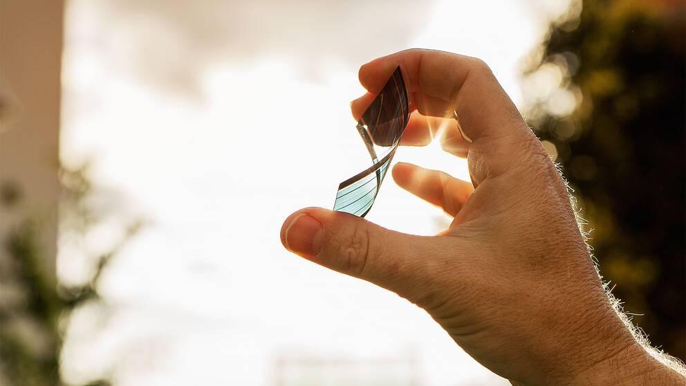 Linköpingsföretaget har fått riskkapital för sin nya solcellsteknik med organiska solceller på plastfilm.