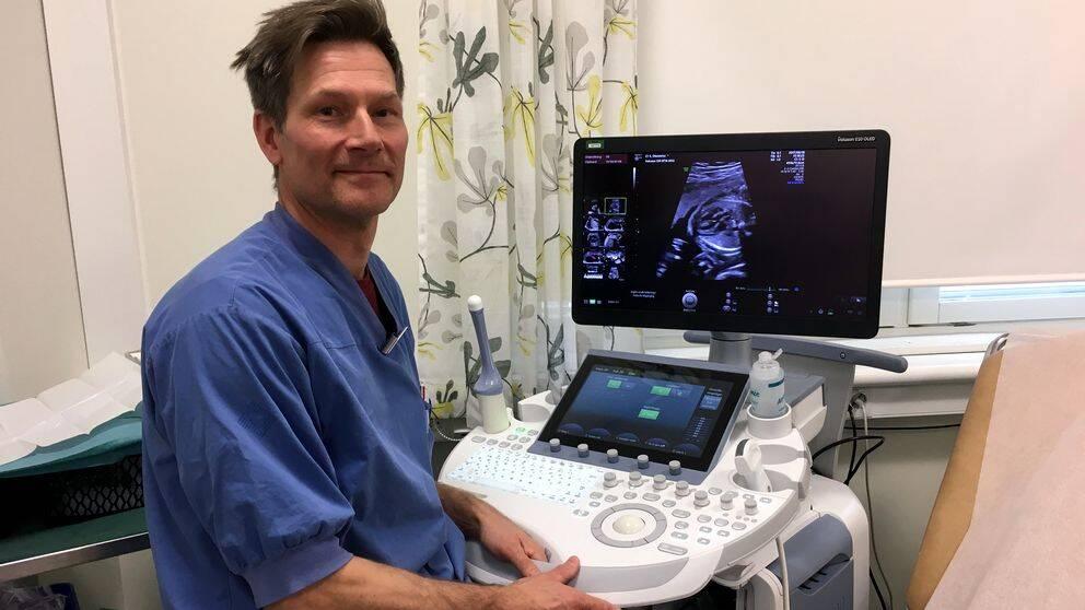 Jesper Agrell, sektionsansvarig läkare på ultraljudssektionen vid Sundsvalls sjukhus.