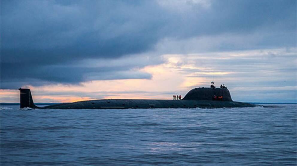 Ryska atomubåten Severodvinsk vid ett tidigare test av Kalibr kryssningsrobot i Barents hav i augusti 2018.