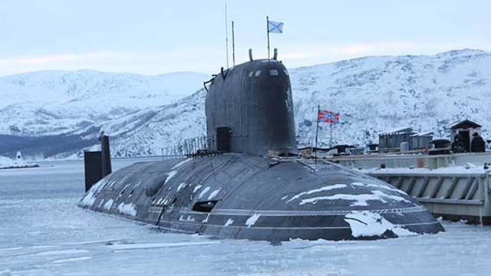 Ryska Nordflottans atomubåt Severodvinsk med kapacitet för kryssningsroboten Kalibr som kan utrustas med kärnstridsspets. Arkivbild mars 2018.