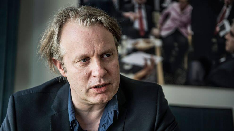 Dramatens vd Eirik Stubø lämnar Dramaten, skriver nationalscenen i ett pressmeddelande på måndagen.