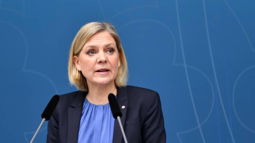 Finansminister Magdalena Andersson (S) när hon presenterade vårändringsbudgeten under en pressträff i Rosenbad under onsdagen.