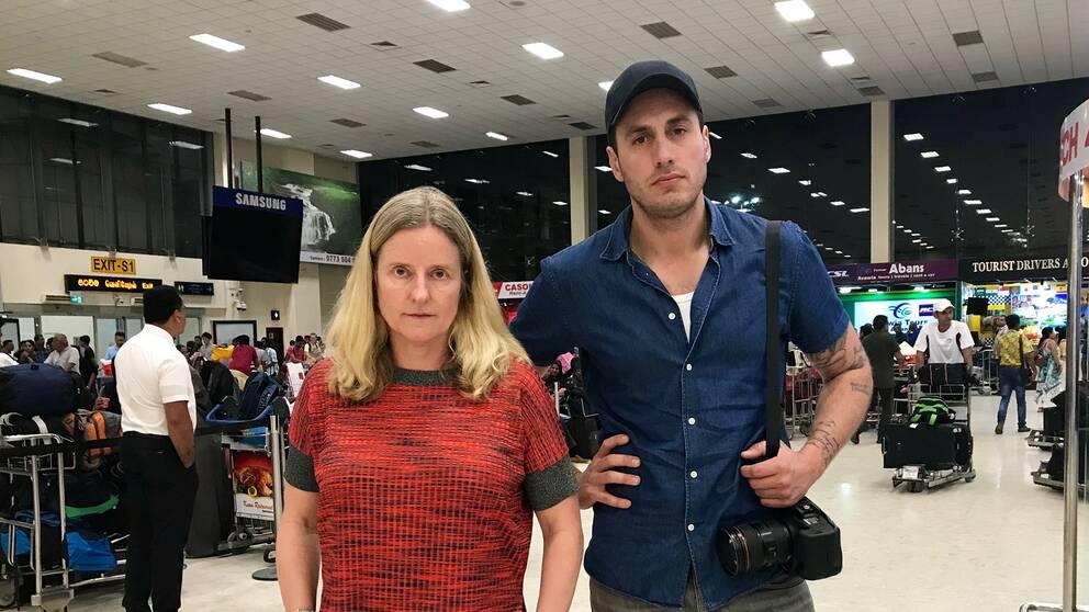 SVT:s Asien-korrespondent Ulrika Bergsten och fotograf Nicolai Zellmani på plats i Sri Lanka.