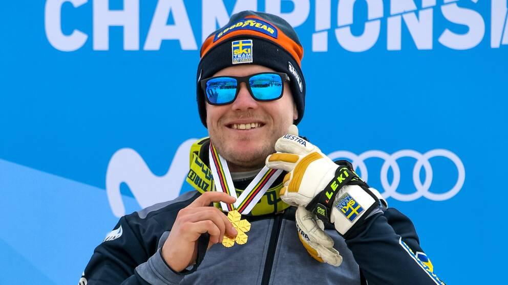 Victor Öhling Norberg med VM-guldmedaljen runt halsen 2017.