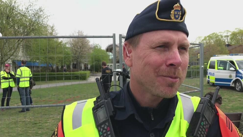 """495cdbf627ad Polisen om läget på stan: """"Väldigt lugnt hittills""""   SVT Nyheter"""